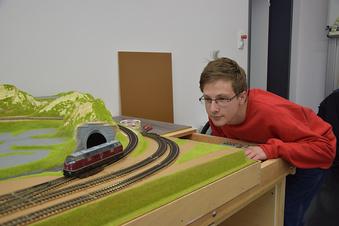 Es fährt ein Zug durchs Natz