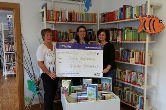 Buchhandlung sponsert Bücherei