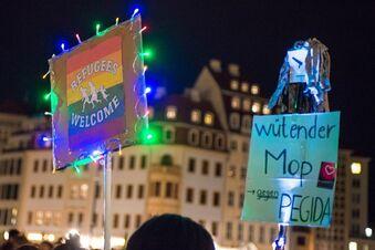 6000 protestieren gegen Pegida