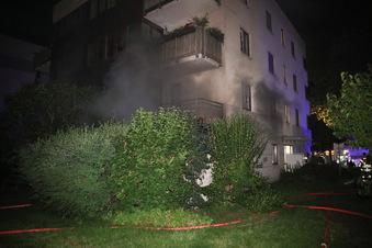 18 Bewohner aus Dresdner Haus evakuiert