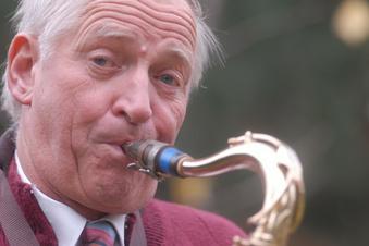 """Saxofon-Legende """"Saftel"""" ist tot"""