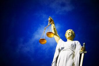 Gericht verpflichtet Vater zu Umgang