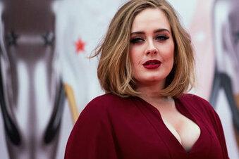 Adele scherzt über ihre Gewichtsabnahme