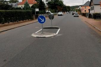 Neue Verkehrsinsel auf der Auerstraße