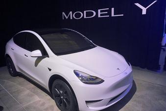 Tesla liefert Model Y ab August aus