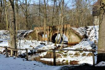 Krauschwitz lässt Wassergräben reinigen