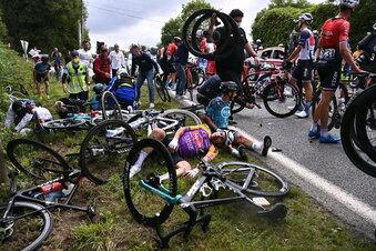 Massensturz bei der Tour de France