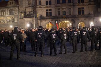 Dresdens Problem mit den Nazis