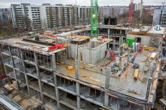 Neues Hochhaus am Hauptbahnhof wächst