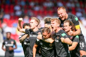 Dynamo jubelt zu früh - späte Niederlage in Heidenheim