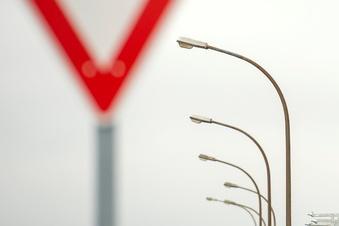 Neue Lampen fürs Radeburger Gewerbegebiet