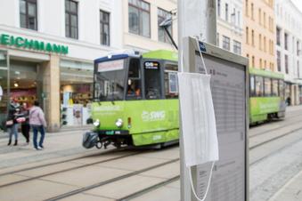 Verschärfte Maskenpflicht in Bus und Bahn