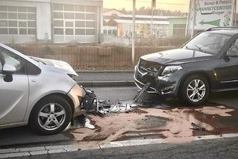 Zwei Verletzte bei Unfall auf B 170