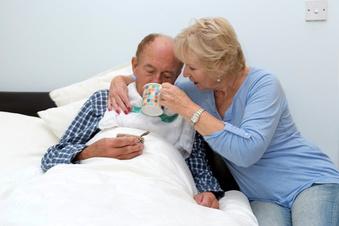 Sozialverband VdK kündigt Klage für höheres Pflegegeld an