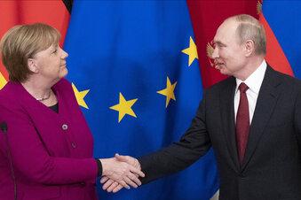 Putin trifft Merkel in Moskau