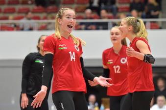 Dresdner Volleyballerinnen schlagen Schwerin erneut