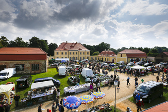 Trödelmarkt macht Schloss bekannt