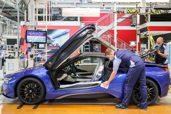 Warnstreik im Leipziger BMW-Werk