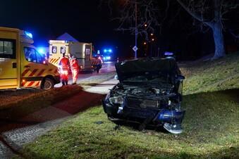 Fünf Menschen bei Unfall verletzt