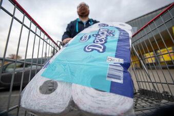 Gefragtes Toilettenpapier in Pirna