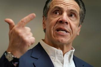 New Yorks Gouverneur nach Belästigungsvorwürfen unter Druck