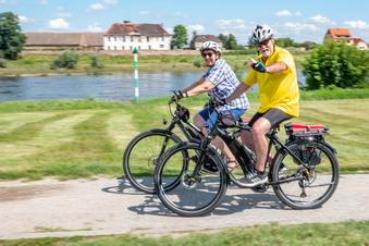 Was für Touristen der Elberadweg nach Riesa bringt