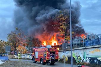 Was zum Großbrand in Dresden bekannt ist