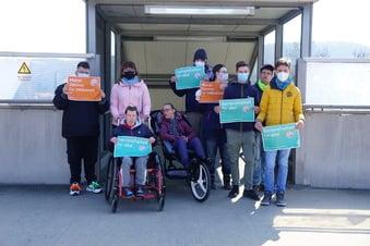 Freitaler Schüler fordern barrierefreien Bahnhof