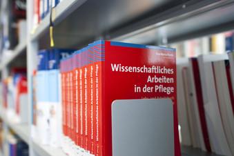 Pflegestudium startet in Dresden