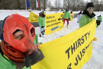 Erneuter Greenpeace-Protest gegen Turow und Co.