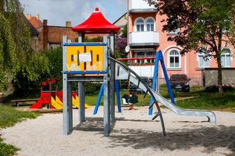 Kinder dürfen wieder auf die Spielplätze