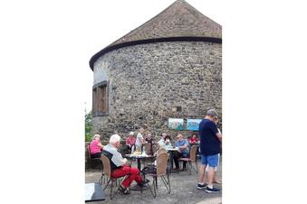 Gelungene Premiere für Dohnas Burg-Café
