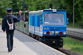 Dresdner Parkeisenbahn startet