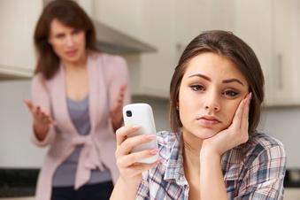 Die richtige Reaktion bei pubertärem Ungehorsam