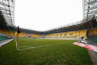 Dynamo-Stadion bekommt neuen Rasen
