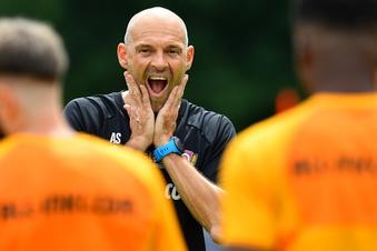 """Dynamo-Trainer Schmidt: """"Ich habe nichts zu verbergen"""""""