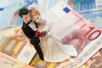 So kann man bei der Hochzeit sparen