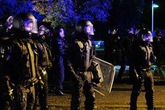 Polizei löst Demo in Connewitz auf