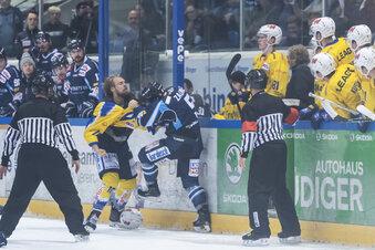 Warum sich Eishockeyspieler prügeln