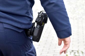 Chemnitz: Polizist schießt auf Fluchtauto