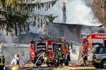 Brände halten Feuerwehren in Atem