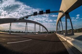 Die Dresdner machen ihren Frieden mit der Brücke