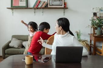 Was Eltern in stressigen Momenten hilft