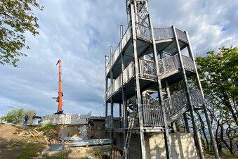 Lausche-Turm wächst rasant