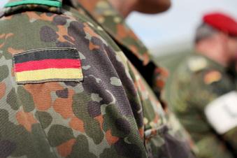 Bundeswehrcamp von Rakete getroffen