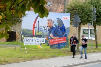 Wahlplakate beschmiert - Staatsschutz ermittelt