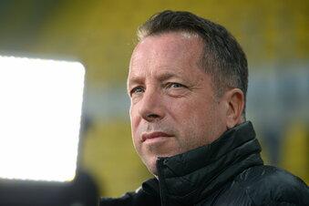 Kauczinski redet über einen Job bei Schalke