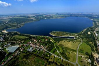 Laute Fete am Berzdorfer See