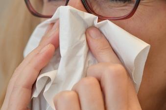 Forscher: Andere Symptome bei Corona-Variante Delta