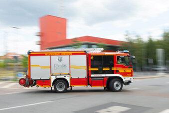 Wohnhaus in Dresden brennt